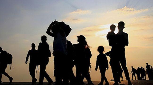 İstanbul Valiliği: 34 bin 397 kaçak göçmen geri gönderme merkezlerine sevk edildi