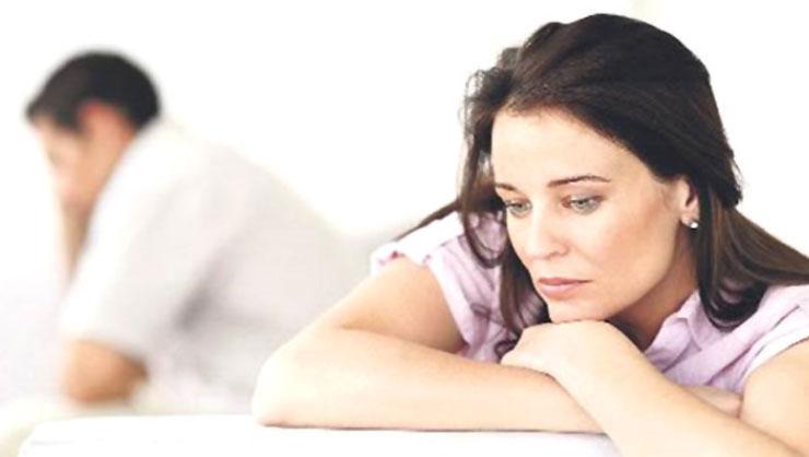 Menopoz kadınları fiziksel ve psikolojik olarak etkiliyor