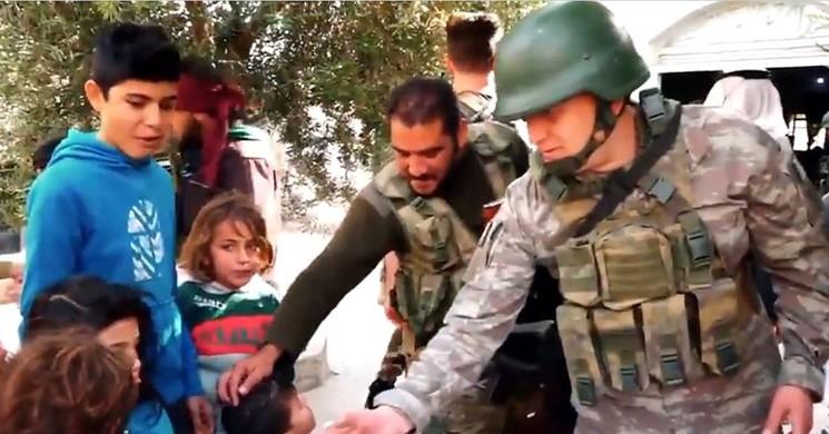 MSB'den 'Kahraman Mehmetçik Özgürlüklerin Teminatı' Mesajı