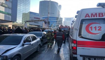 Ümraniye'de Feci Kaza! 1'i Bebek 5 Kişi Yaralandı