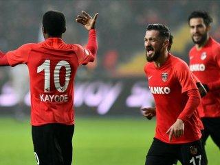 Gaziantep FK 240 bin forma sattı