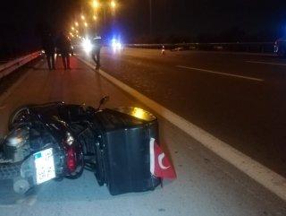 İzmir'de motosikletten yola savrulan bir kişi öldü