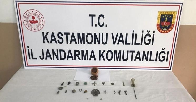 Jandarma Ekiplerinden Arkeolojik Eser Kaçakçılarına Operasyon