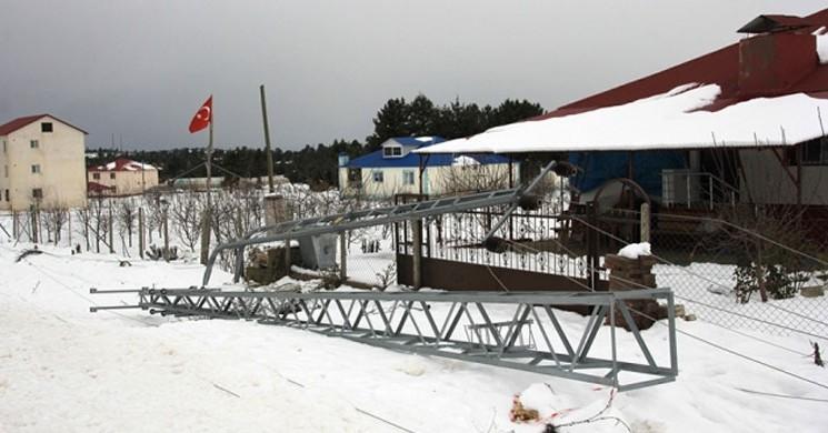 Mersin'de Kar Ve Fırtına Kabus Yaşatıyor! 27 Mahalle Elektriksiz Kaldı