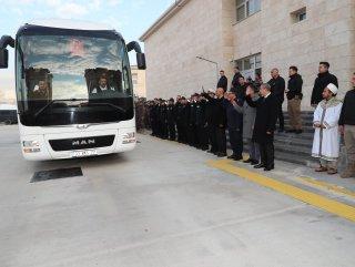 PÖH Mersin'den Barış Pınarı harekat bölgesine uğurlandı