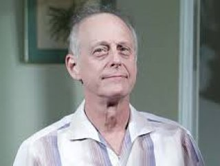 Mark Blum, koronavirüsten hayatını kaybetti