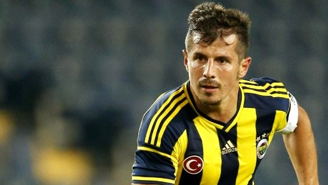 Emre Belözoğlu, Galatasaray'ın gündemindeki Balotelli'yi veto etti