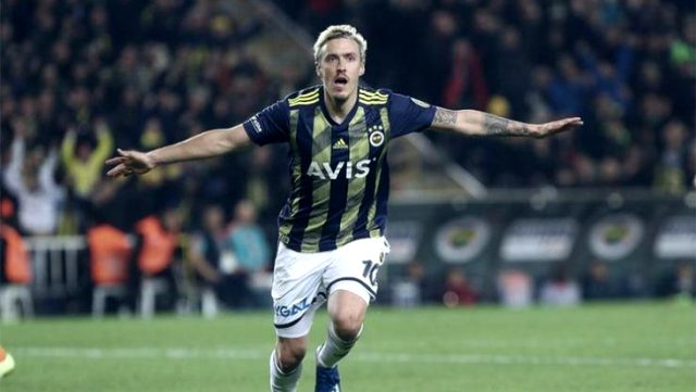 Fenerbahçe'den ayrılan Max Kruse'nin sosyal medyadaki Stuttgart paylaşımı dikkat çekti