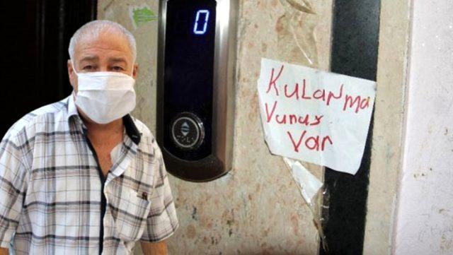 Apartman görevlisi çöpleri karıştırırken koronavirüse yakalandı, dışarı çıkmaya devam etti