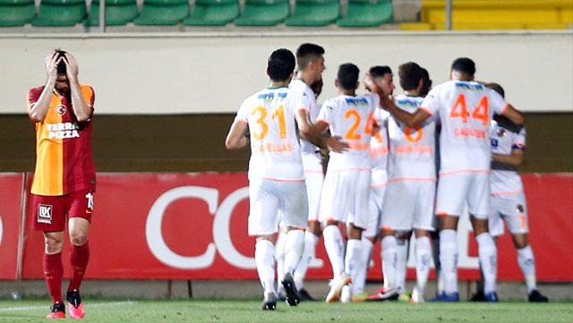Galatasaray, deplasmanda Aytemiz Alanyaspor'a 4-1 mağlup oldu.