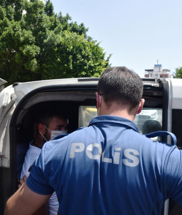 Antalya da patronunu verdiği çeki bozdurup, kaçtı #2