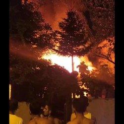 Ataşehir'de bir gecekonduda yangın çıktı