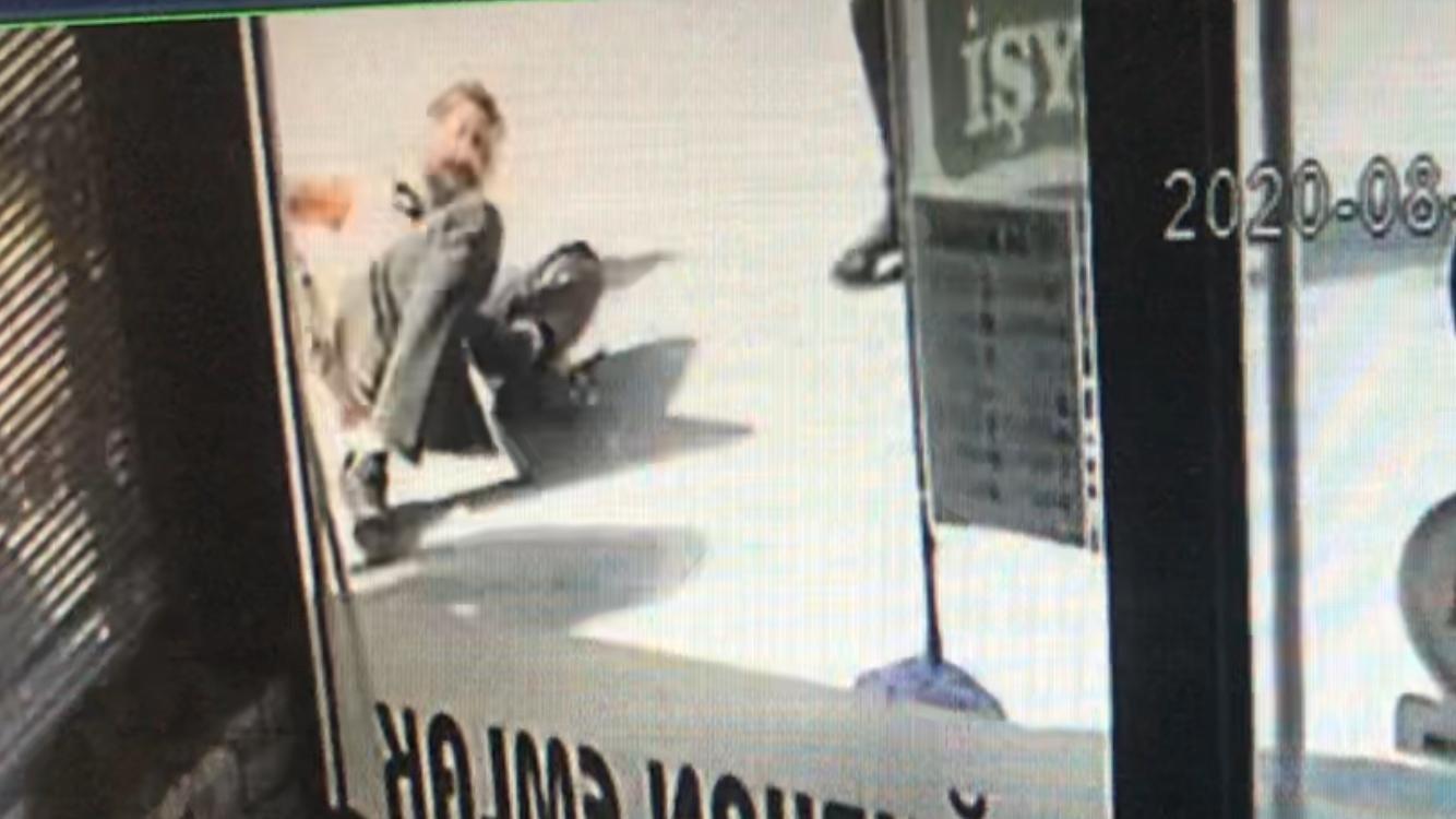 Denizli de polis memurunun ayağı kırsa da kaçamadı #2