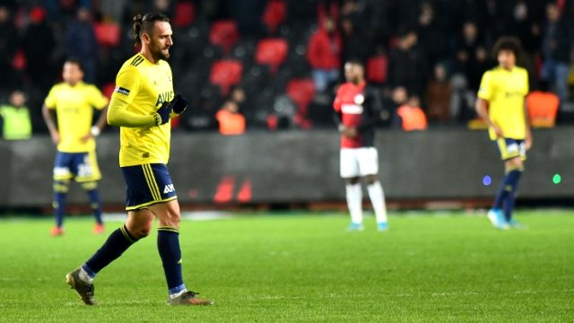 Fenerbahçe, Vedat Muriqi'in Lazio'ya transfer olduğunu yalanladı