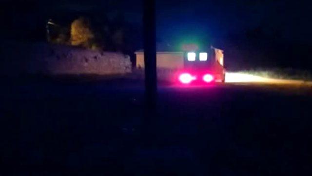 İşçileri taşıyan kamyonet devrildi: 1 ölü, 17 yaralı