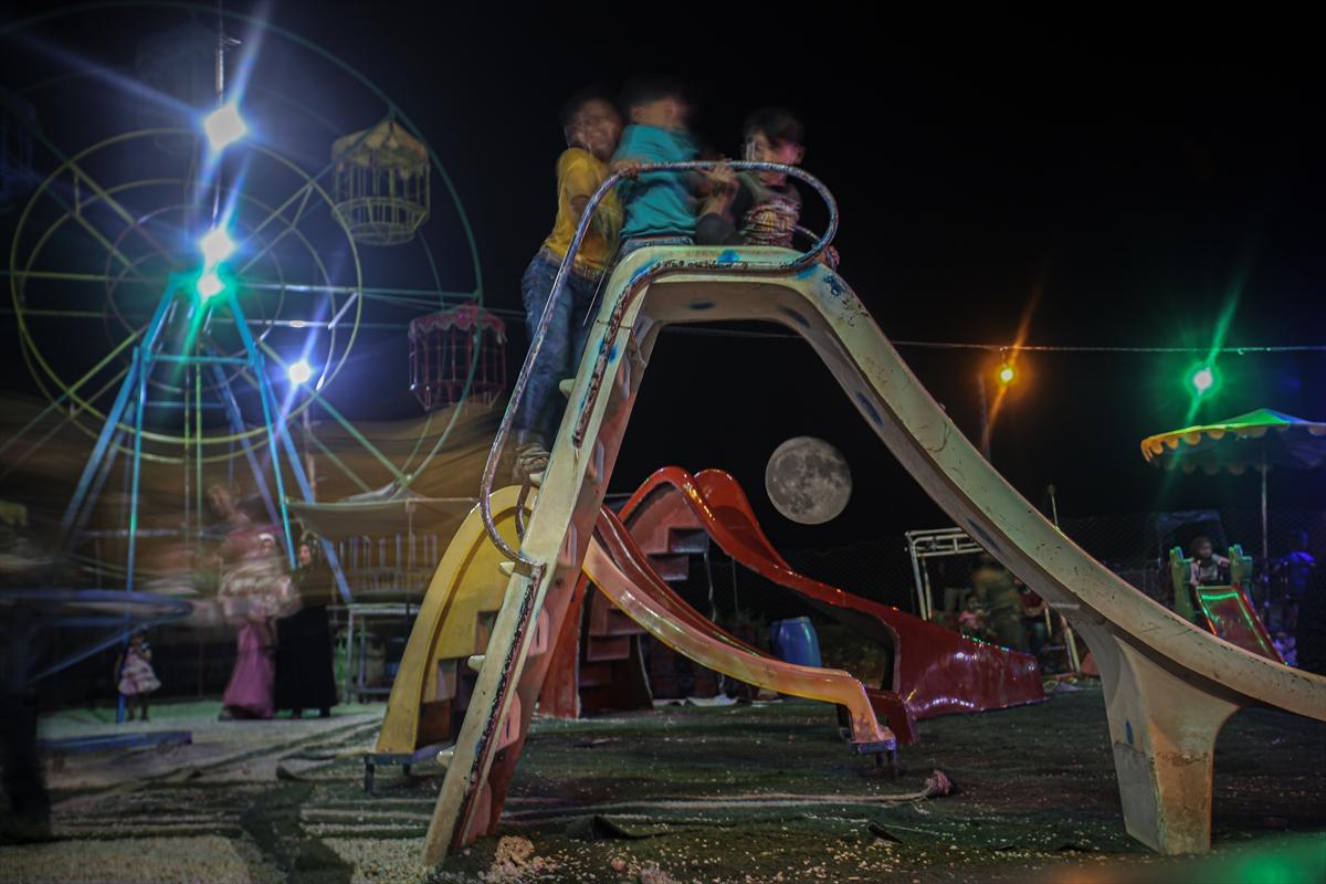 Suriye'de dolunaylı geceden fotoğraflar #4