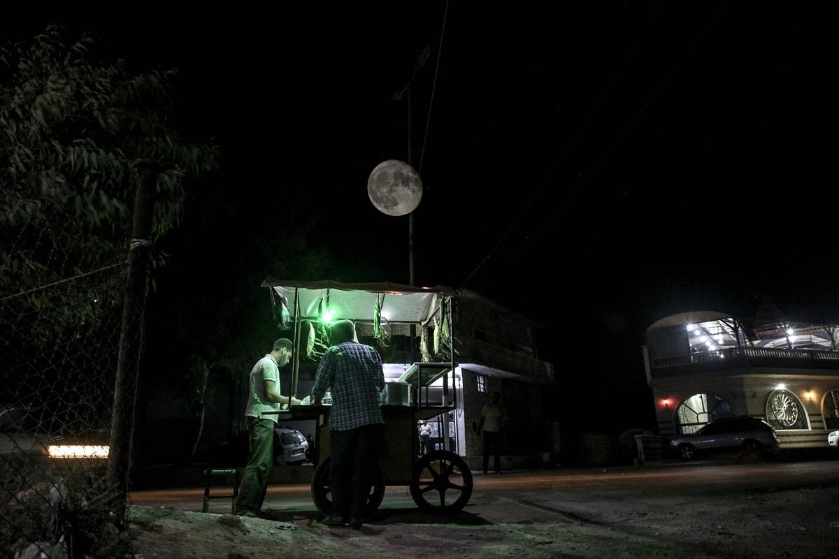 Suriye'de dolunaylı geceden fotoğraflar #12