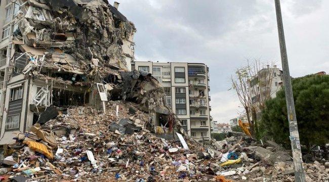 İzmir'deki Deprem Sonrası moloz sorunu: Hafriyat alanları yetersiz