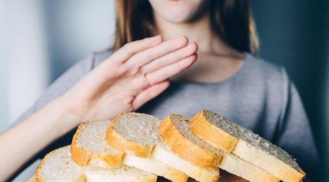 Bu belirtilerin kimse farkında değil! Gluten hassasiyetiniz olduğunu anlayamazsanız iş işten geçebilir...
