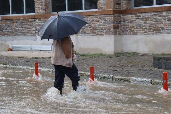 Meteoroloji'den sonra uyarılar üst üste geldi! sağanak yağış geliyor